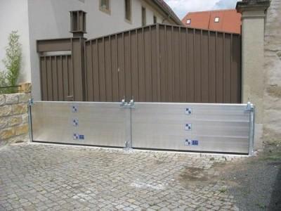 RS Stepanek KG Umweltschutz- und Sicherheitssysteme  Limburg an der Lahn sprzęt do ochrony przeciwpowodziowej, ściany przeciwpowodziowe, systemy przeciwpożarowej retencji wody, bariery ochronne do działań przeciw klęskom żywiołowym i katastrofom
