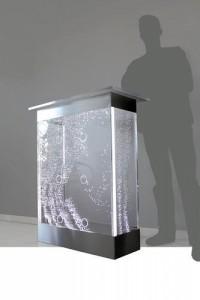 Fleischer Wasserspiele GbR Zeulenroda-Triebes Dostawca urządzeń dla przemysłu i handlu, projektowanie wyrobów akrylowych,  obróbka i przetwarzanie akrylu,   ściany wodne