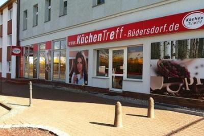 AR DISPLAY GmbH Berlin stolarstwo,  wykonywanie napisów na samochodach,  technologia reklamowa,  szyldy