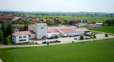 Xaver Scheule GmbH Kirchheim Pasze dla zwierząt hodowlanych,  karma dla zwierząt domowych,  kremy upiększające,  szampony