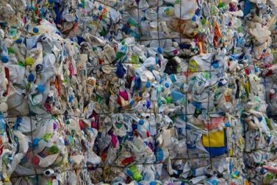 InnoPlastics AG Eschlikon przygotowanie tworzyw sztucznych,  granulki plastikowe,  recykling plastiku,  polietylen