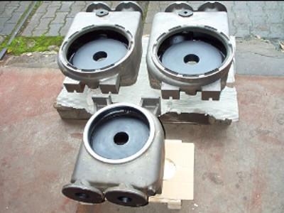 Di Monaco Gummierungen e. K. Burscheid usługi ogumiania,  aparaty i naczynia  gumowe,  powłoki gumowe,  odporne na działanie chemiczne